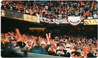 The Big Ed! Edison Field 2002 World Series. Thunderstix Makin Big Noise!